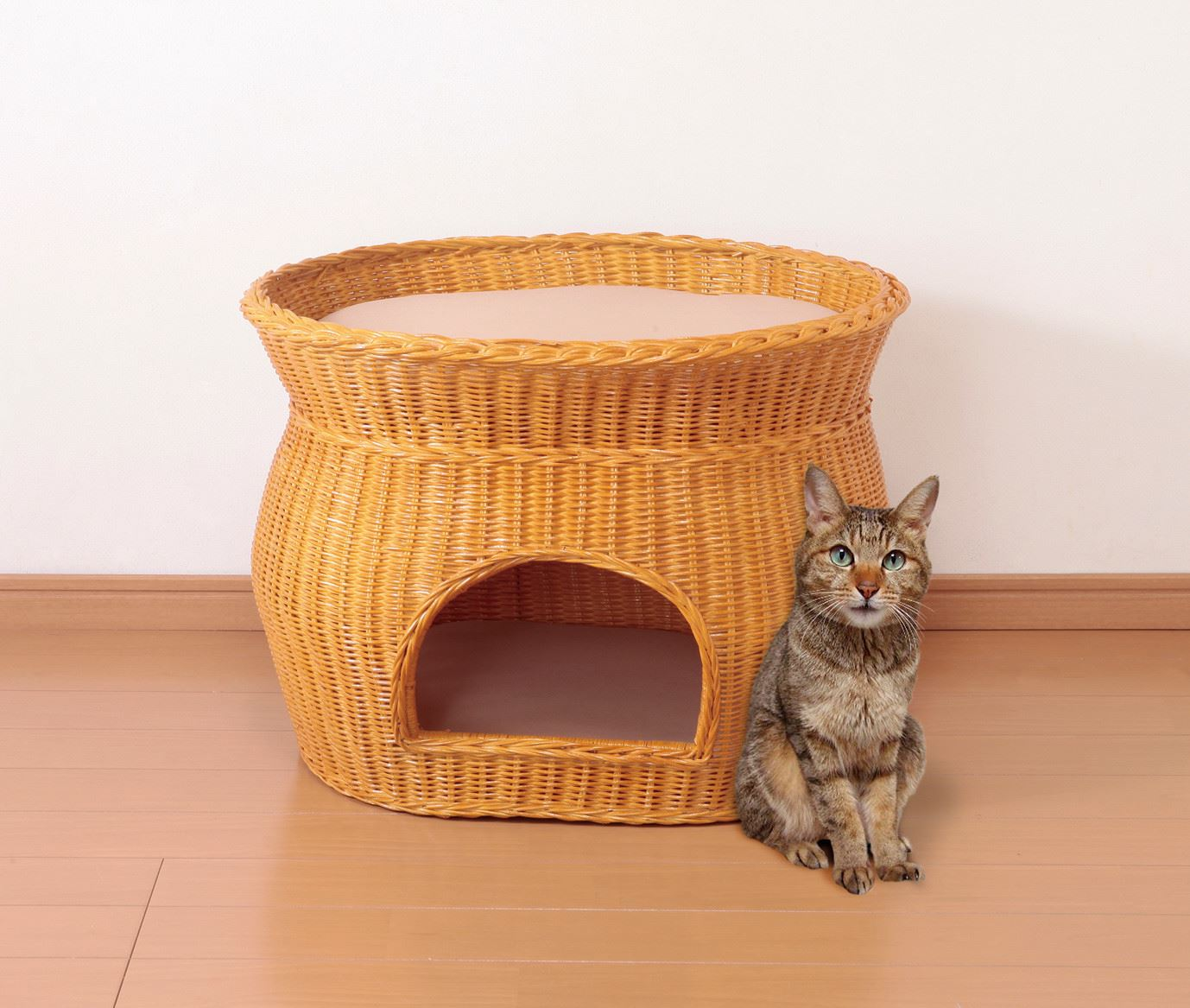 猫の隠れ家、くつろぎの場に2段ベッドタイプ