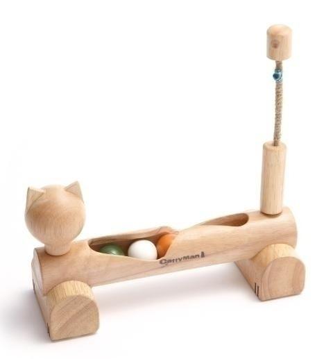 猫のシルエットをデザインにあたたかみのある猫用の木製おもちゃ。ウッディーキャットーイ あっちこっち玉ころ