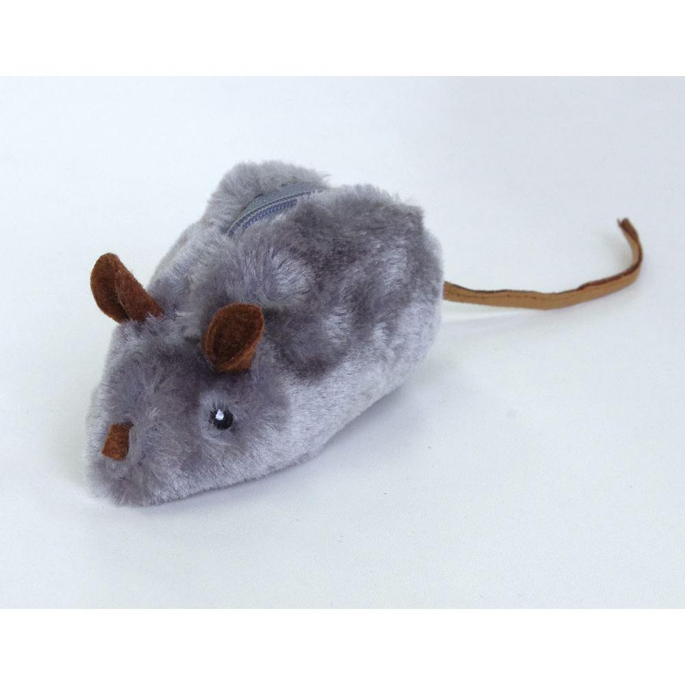 ネズミのおもちゃで狩猟本能むき出し!!